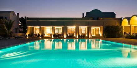 Poolen på hotell 9 Muses Resort på Santorini, Grekland.