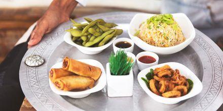 Mat i form av Meze i Abu Dhabi, Förenade Arabemiraten.