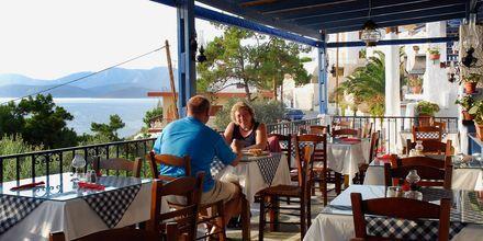 Taverna bredvid hotell Aegean Homes i  Myrties & Massouri på Kalymnos.