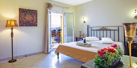 Enrumslägenhet på hotell Aegean Land på Naxos, Grekland.