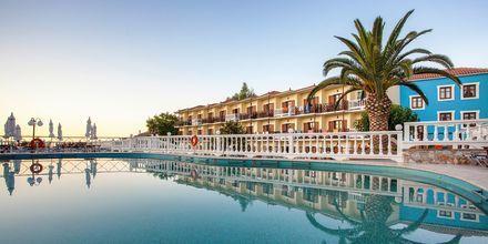 Poolen på hotell Aeolos på Skopelos, Grekland.