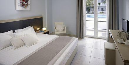 Superiorrum på hotell Afrodite i Kamari på Santorini, Grekland.