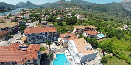 Vy över hotell Aggelos på Lefkas, Grekland.