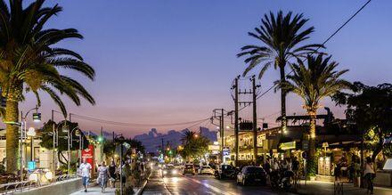 Centrum i Agia Marina på Kreta.