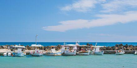 Hamnen i Agios Georgios på Korfu, Grekland.