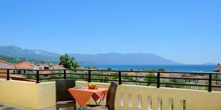 Balkongutsikt från hotell Agrilionas på Samos