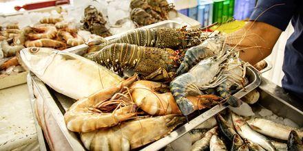 Fisk- och skaldjursmarknaden i Ajman.