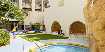 Barnpool på Ajman Saray, a Luxury Collection Resort i Ajman, Förenade Arabemiraten.