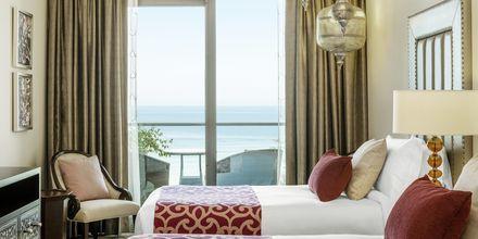 Deluxerum på Ajman Saray, a Luxury Collection Resort i Ajman, Förenade Arabemiraten.