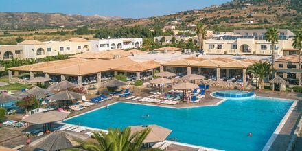 Poolområde på hotell Akti Beach Club på Kos, Grekland.