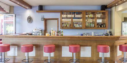Bar på hotell Akti Chara i Rethymnon på Kreta, Grekland.