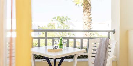Tvårumslägenhet på hotell Akti Chara i Rethymnon på Kreta, Grekland.