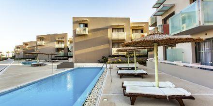 Dubbelrum med delad pool på hotell Akti Palace i Kardamena på Kos.