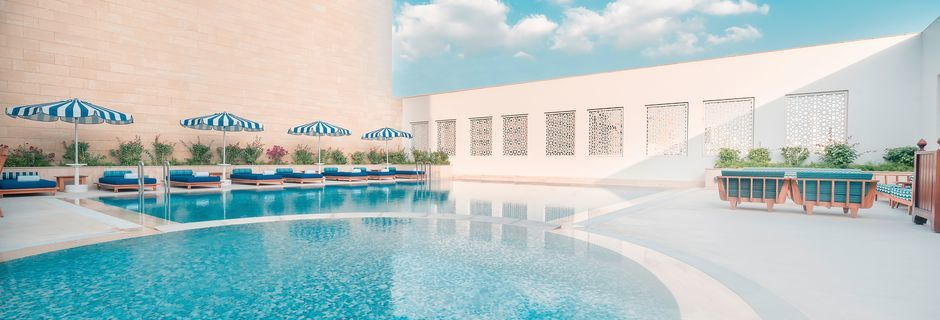 Poolområde på Al Najada by Tivoli, Doha.
