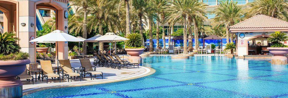 Poolområdet på hotell Al Raha Beach i Abu Dhabi, Förenade Arabemiraten.