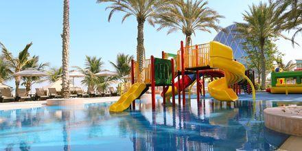 Barnpoolen på hotell Al Raha Beach i Abu Dhabi, Förenade Arabemiraten.