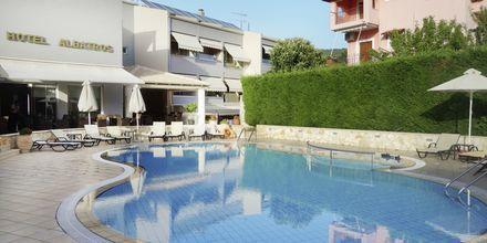 Pool på hotell Albatros i Sivota, Grekland.