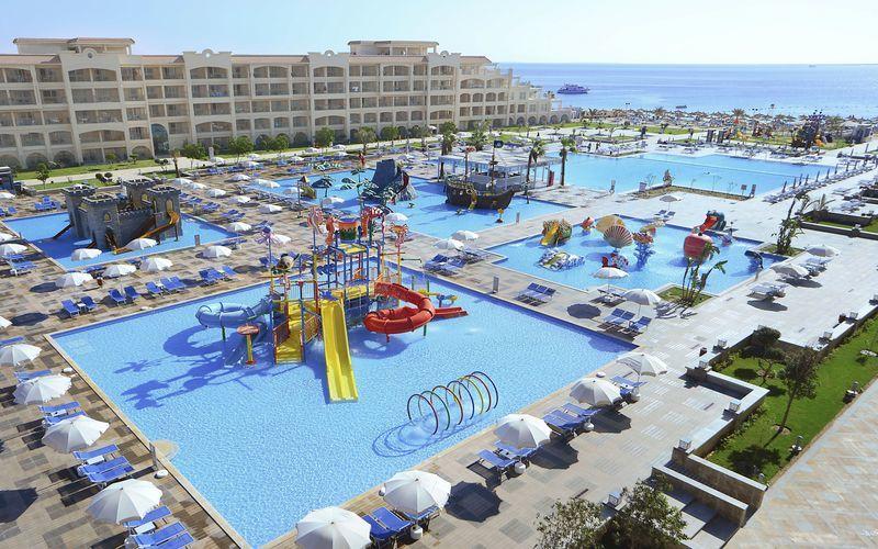 Pool på Albatros White Beach Resort i Hurghada.