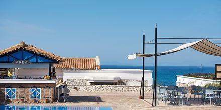 Poolområde på hotell Aldemar Olympian Village i Skafidia, Grekland.