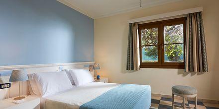 Familjerum på hotell Aldemar Olympian Village i Skafidia, Grekland.