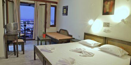 Enrumslägenhet på hotell Alexandros M i Maleme på Kreta.
