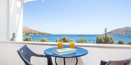 Dubbelrum med havsutsikt  på hotell Alinda på Leros, Grekland.