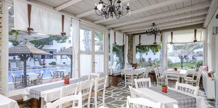 Restaurang på hotell Alkyon Beach i Naxos stad, Grekland.