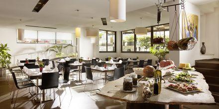 Restaurang på Almyrida Residence på Kreta.