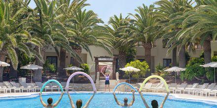 Poolområde på Suite Hotel Atlantis Fuerteventura Resort.