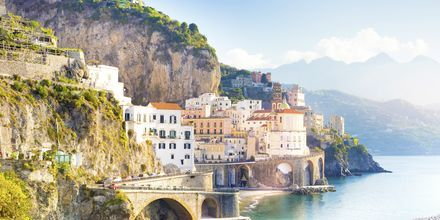 Staden Amalfi på Amalfikusten, Italien.
