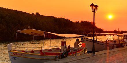 Hamnen i Ammoudia, Grekland.