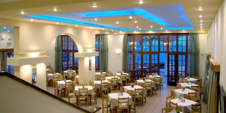 Frukostmatsalen på hotell Amopi Bay på Karpathos.