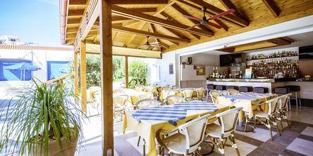 Restaurang på hotell Anais Summerstar i Agii Apostoli, Kreta, Grekland.