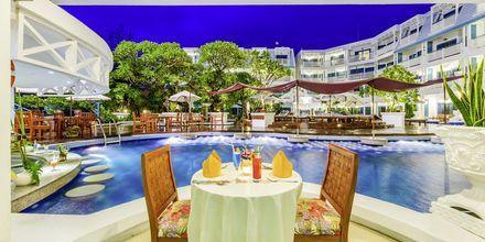 Restaurang på hotell Andaman Seaview, Phuket, Thailand.