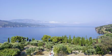 Utsikt från hotell Andromeda i Samos stad, Grekland.