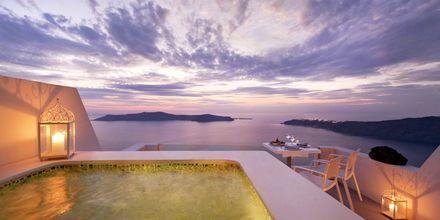 Svit på hotell Andromeda Villas i Caldera på Santorini, Grekland.