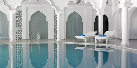 Inomhuspool på Anemos Luxury Grand Resort i Georgiopolis på Kreta.