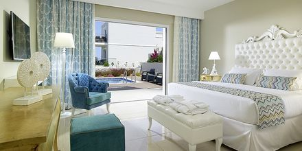 Deluxerum på Anemos Luxury Grand Resort i Georgioupolis på Kreta.