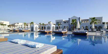 Pool på Anemos Luxury Grand Resort i Georgiopolis på Kreta.