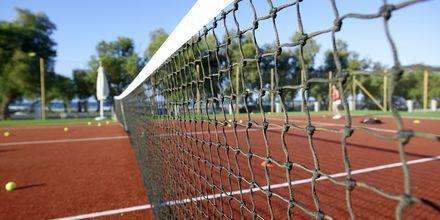 Tennis på Anemos Luxury Grand Resort i Georgiopolis på Kreta.