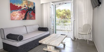 Renoverad tvårumslägenhet på Anthemis i Samos Stad.
