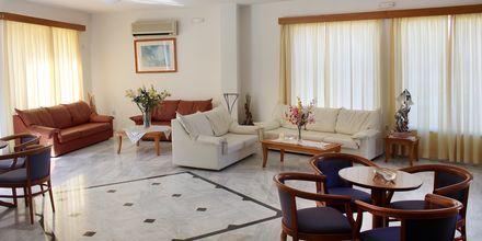 Reception på hotell Anthimos i Platanias.