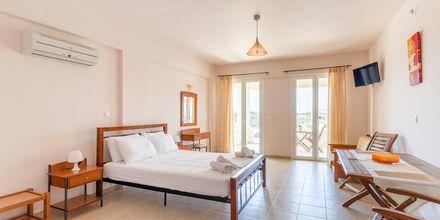 Enrumslägenhet på hotell Aphrodite i Stoupa, Grekland.