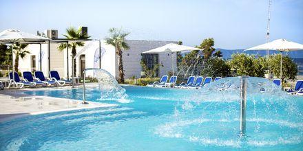 Nedre poolområdet på hotell Apollo Mondo Family Romana i Makarska, Kroatien.
