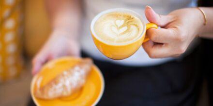 Koppla av i Mondo Café.