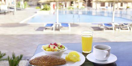Njut av nyttig och god frukost på hotell Aqua Vista i Hurghada, Egypten.