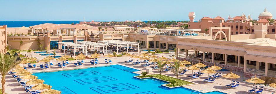 Poolområdet på hotell Aqua Vista i Hurghada, Egypten.
