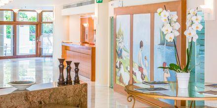 Reception på hotell Aquila Porto Rethymno på Kreta, Grekland.