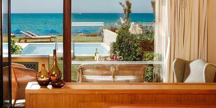 Pool Bungalow med privat pool på hotell Aquila Rithymna Beach på Kreta, Grekland.