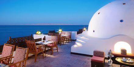 Bar på hotell Arabella Azur Resort i Hurghada, Egypten.